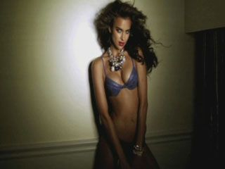 Irina Shayk Guess photo shoot